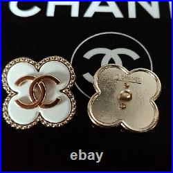 10 STAMPED CHANEL STEEL BUTTONS WHITE GOLD CC LOGO 21.8 mm 0.86 lot of 10