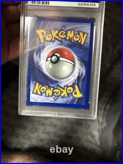 1999 Pokemon Base Set 58/102 Pikachu Yellow Cheek E3 Stamp PSA 8 NM-MINT