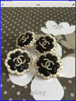 Lot12 whit pink black gold tone Metal Chanel Stamped 22mm