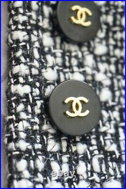 STAMPED VINTAGE CHANEL BUTTONS LOT OF 16 Logo cc